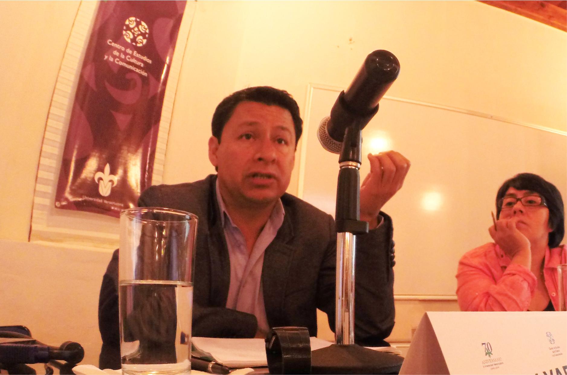 EL CECC UV PRESENTA INVESTIGACIÓN DE SALVADOR MALDONADO SOBRE VIOLENCIA
