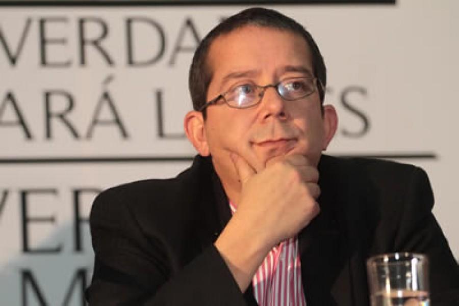 CHARLA SOBRE ESCÁNDALOS Y MONOPOLIOS DE LA OPINIÓN PÚBLICA CON JENARO VILLAMIL