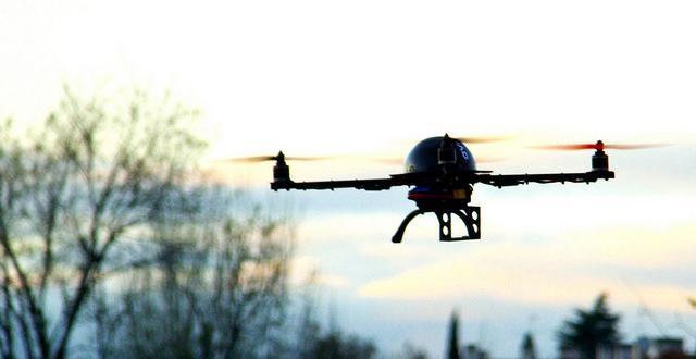LOS DRONES PUEDEN AYUDAR A LAS PERSONAS CIEGAS A HACER EJERCICIO